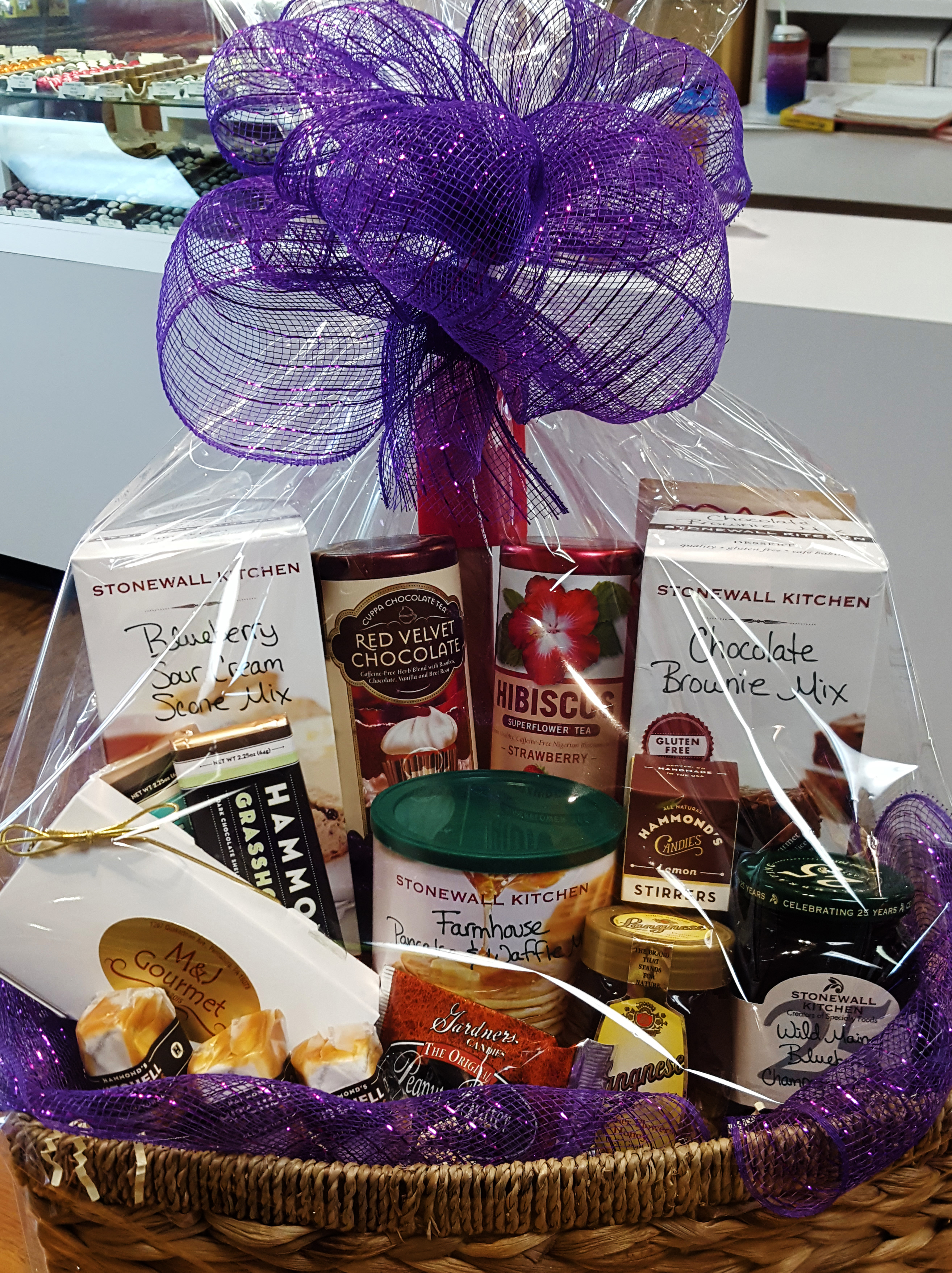 Gift baskets trays and favors mj gourmet home sweet home negle Image collections